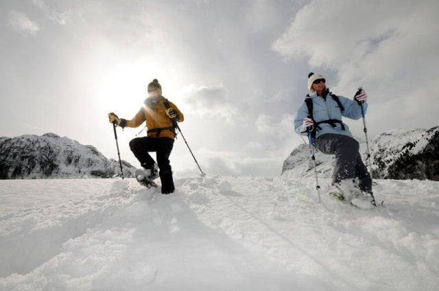 Schneeschuhwandern - Copyright: bergleben.de/Michael Rauschendorfer